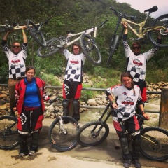 5 DU students who met up in Bolivia (3 students studying in Chile and 2 in Peru). We biked Death Road.
