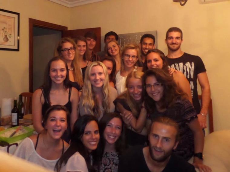 Intercambio night! Spaniards, Americans, Brits, Germans, and more.