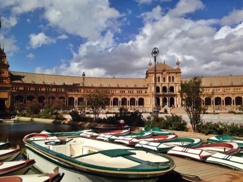 One of the sights I saw while exploring Sevilla with my intercambio - Plaza de España