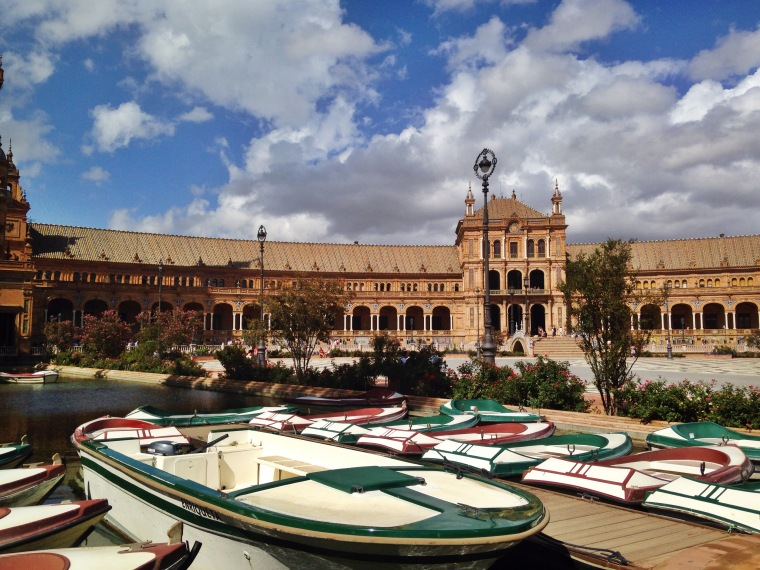 One of the sights I saw while exploring Sevilla with my intercambio - Plaza de España