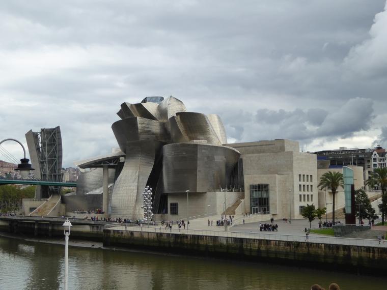 I requested to be near the Guggenheim, a central location in Bilbao.